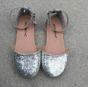 Old navy little girl shoes
